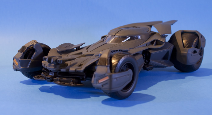 jada-bvs-batmobile