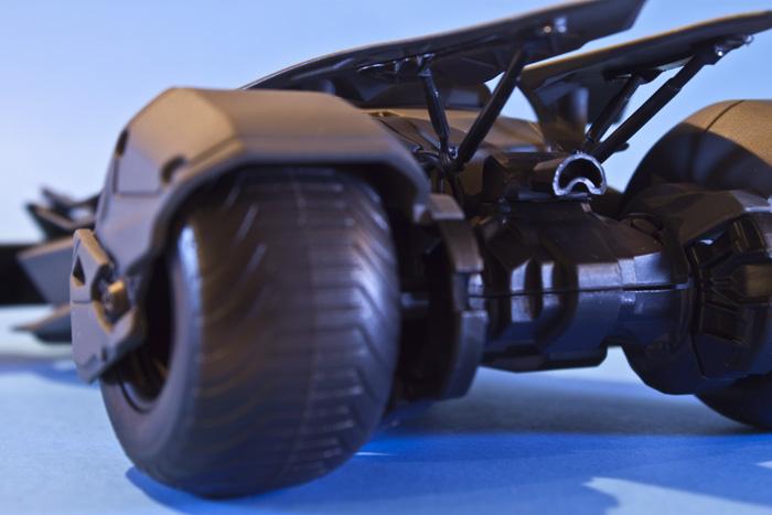 jada-bvs-batmobile6