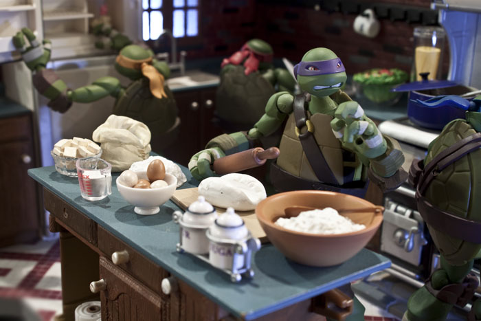 tmnt-kitchen-dinner1