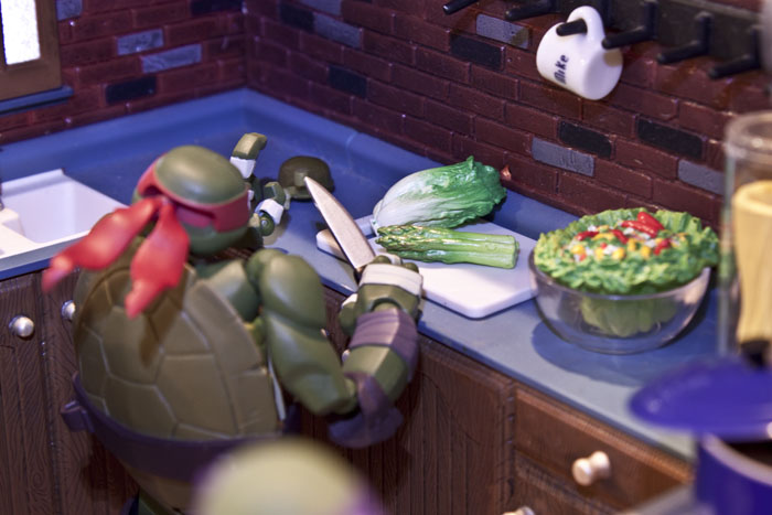 tmnt-kitchen-dinner3